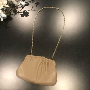 Vintage Ande Tan Clamshell Convertible Clutch